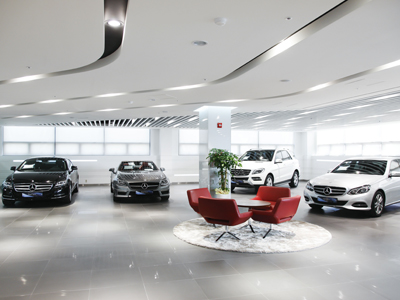 S33_Suwon_certified_usedcar_showroom_interior.jpg